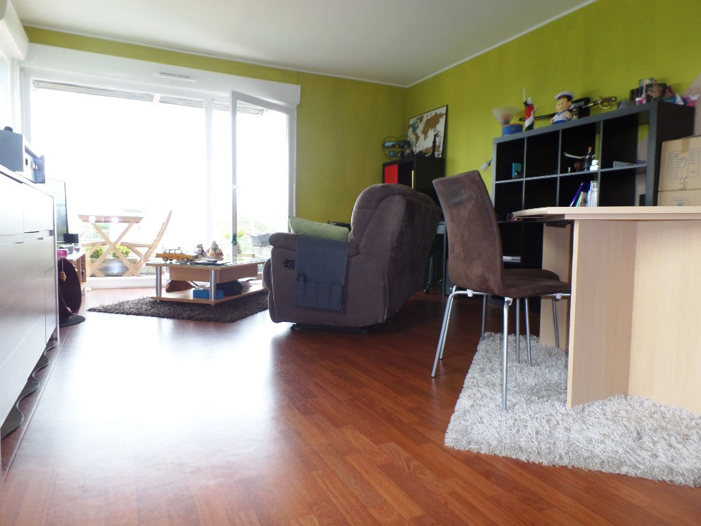 LOCATION BREST KERASTEL APPARTEMENT T3 63.56 M² RESIDENCE RECENTE TERRASSE 2 PLACES DE PARKING