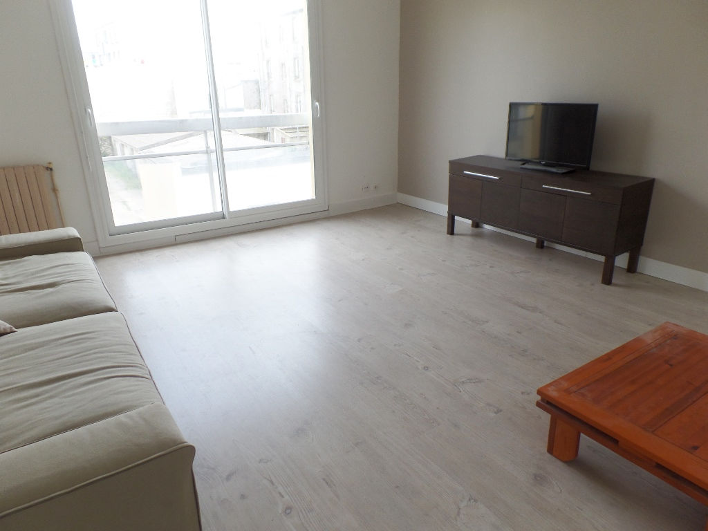 LOCATION BREST KERANGOFF APPARTEMENT T4 MEUBLE 78.93 m²