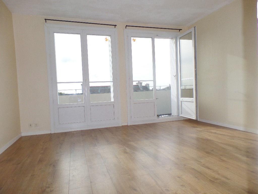 Immobilier plougastel daoulas a vendre vente acheter for Immobilier chambre sans fenetre