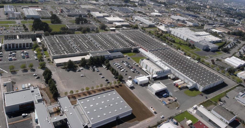 Locaux d'activité Brest 69024 m2 - JABIL