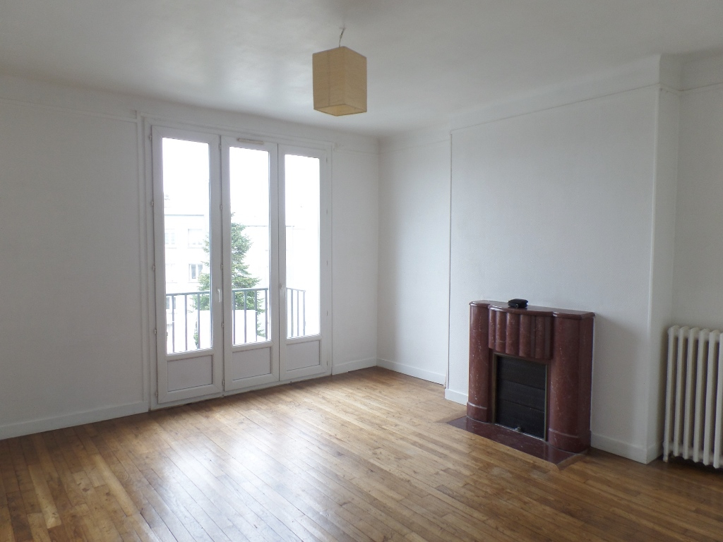 LOCATION   BREST   HARTELOIRE   APPARTEMENT T2   64,07 M²   TRES BEAUX VOLUMES