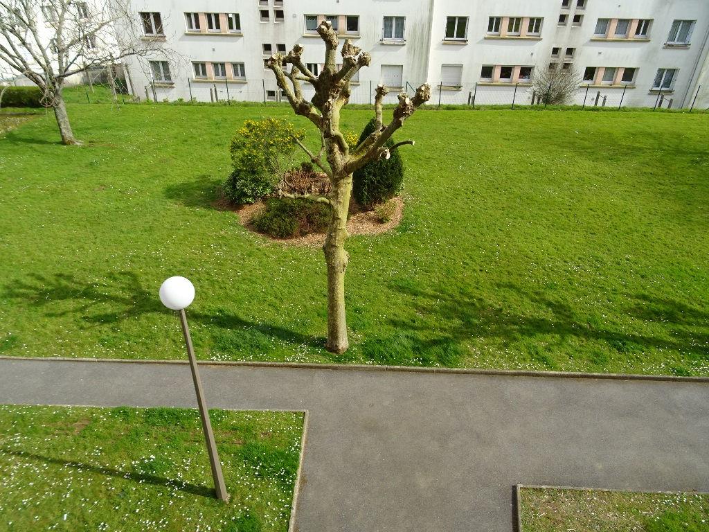 A VENDRE BREST PILIER ROUGE APPT T4 83 m² 2 CHAMBRES ASCENSEUR VUE DEGAGEE