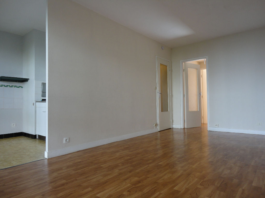 LOCATION BREST BELLEVUE APPARTEMENT T2  47.23m²