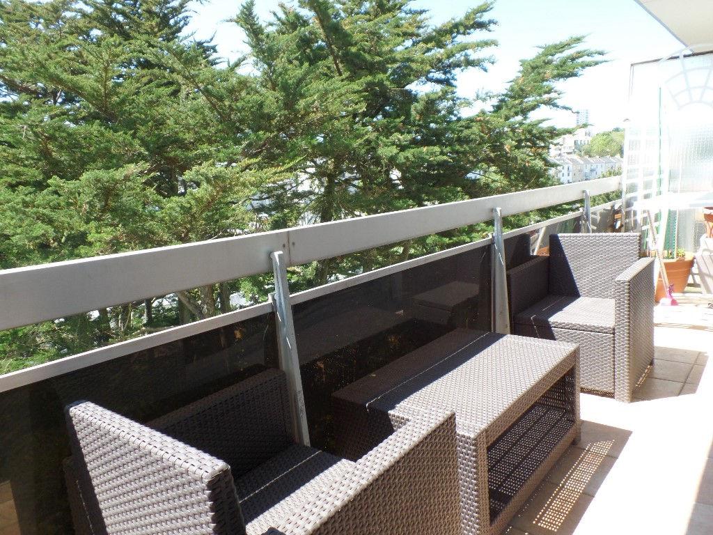 A LOUER BREST GUELMEUR APPARTEMENT T4 MEUBLE 101.13 m² TERRASSE VUE MER