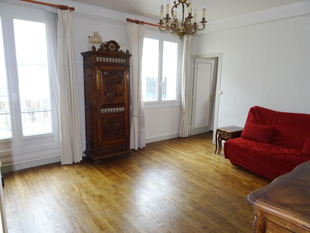 A VENDRE BREST CENTRE SIAM T3 93.65 m²  2 Chambres