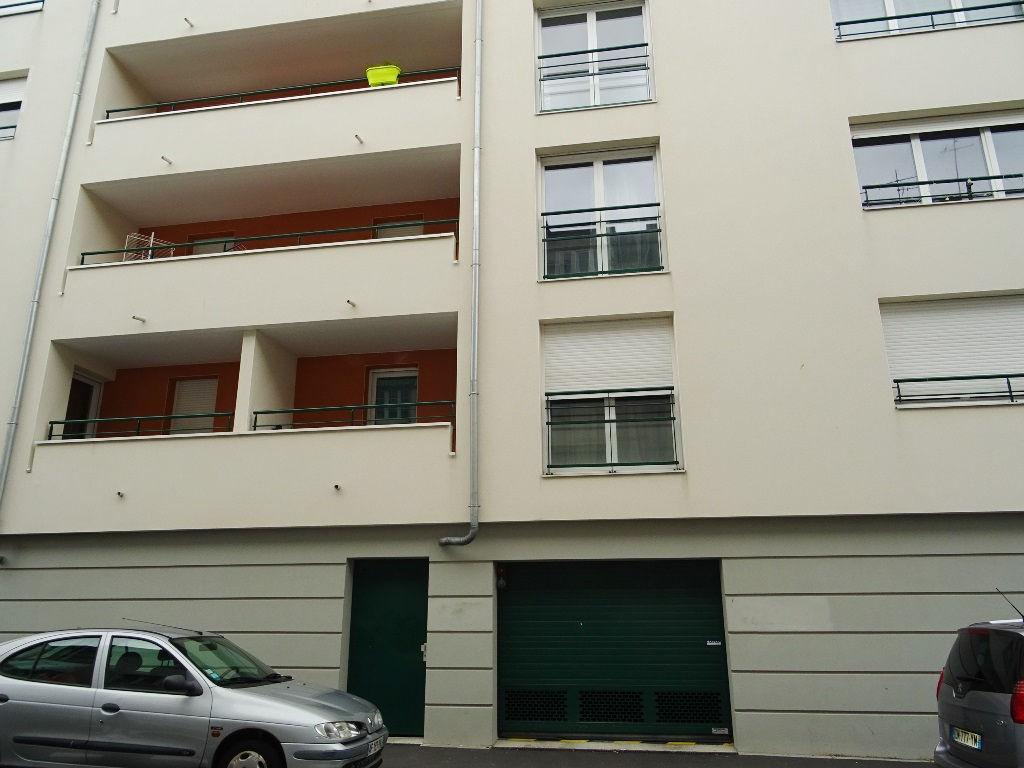 A VENDRE BREST STMICHEL APPARTEMENT T2 49.25m²  COPROPRIETE 2013 ASCENSEUR
