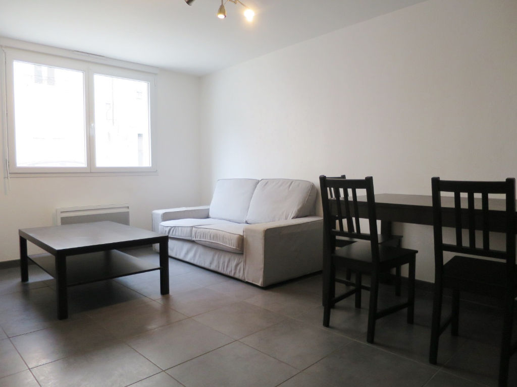 LOCATION BREST SAINT MARTIN APPARTEMENT T3  ENTIEREMENT  MEUBLE 51.95 m²