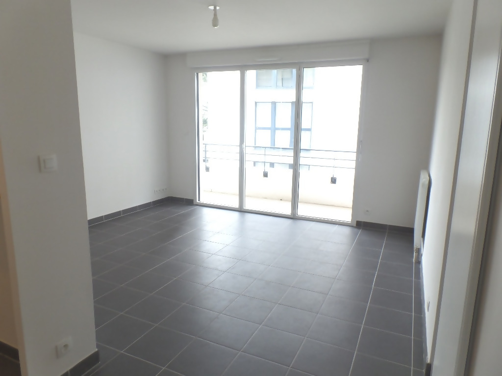 LOCATION BREST SAINT MARTIN APPARTEMENT T3 57.93 M2 AVEC PARKING TERRASSE ASCENSEUR