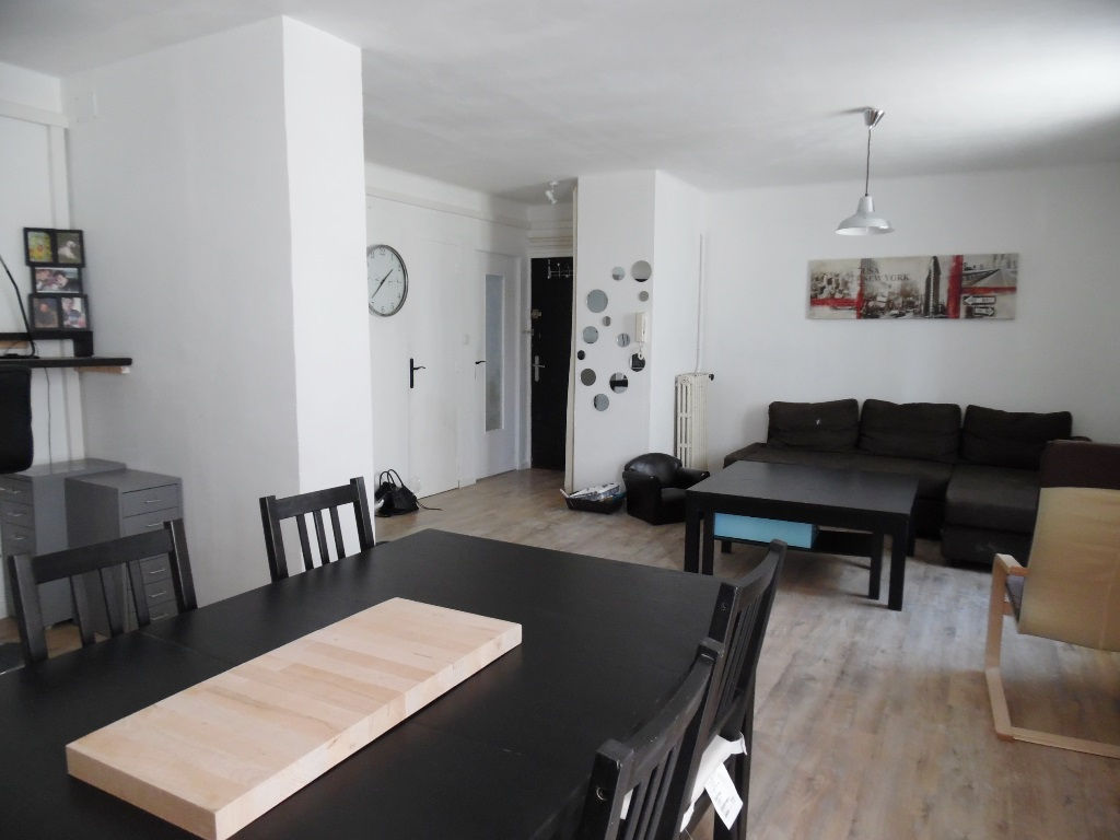 A VENDRE  EN EXCLUSIVITE  BREST  LE LANDAIS  APPARTEMENT  T2  55M²  1 CHAMBRE  POSSIBILITE 2  DALLE BETON