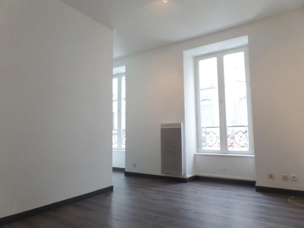 A LOUER BREST SAINT MARTIN APPARTEMENT T1 BIS 30.27 m²