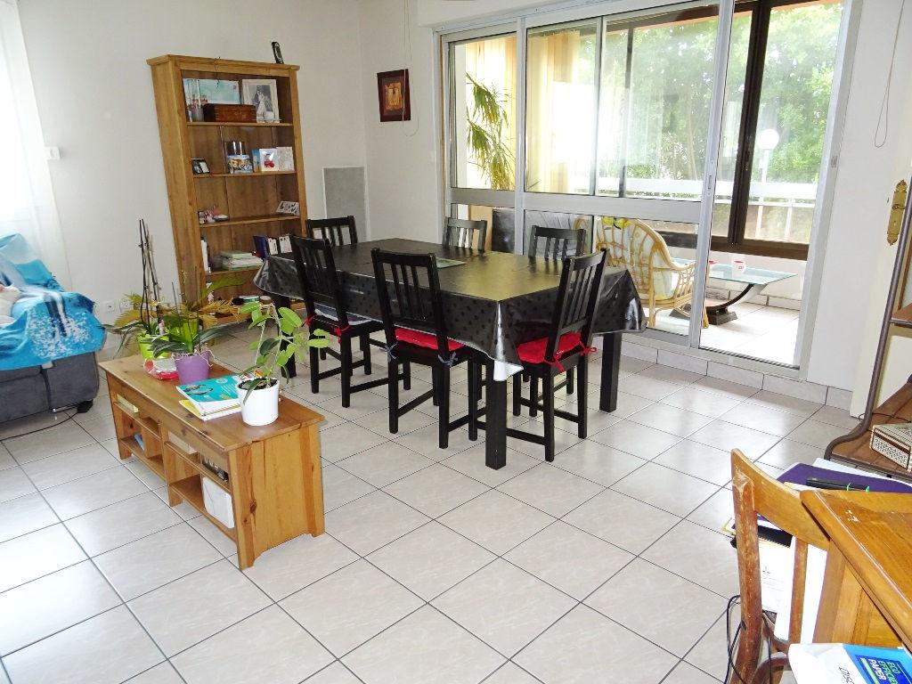 A VENDRE - BREST - CAVALE BLANCHE - APPARTEMENT T5 - 94,90 m²  VÉRANDA 9,80 m²  PARKING