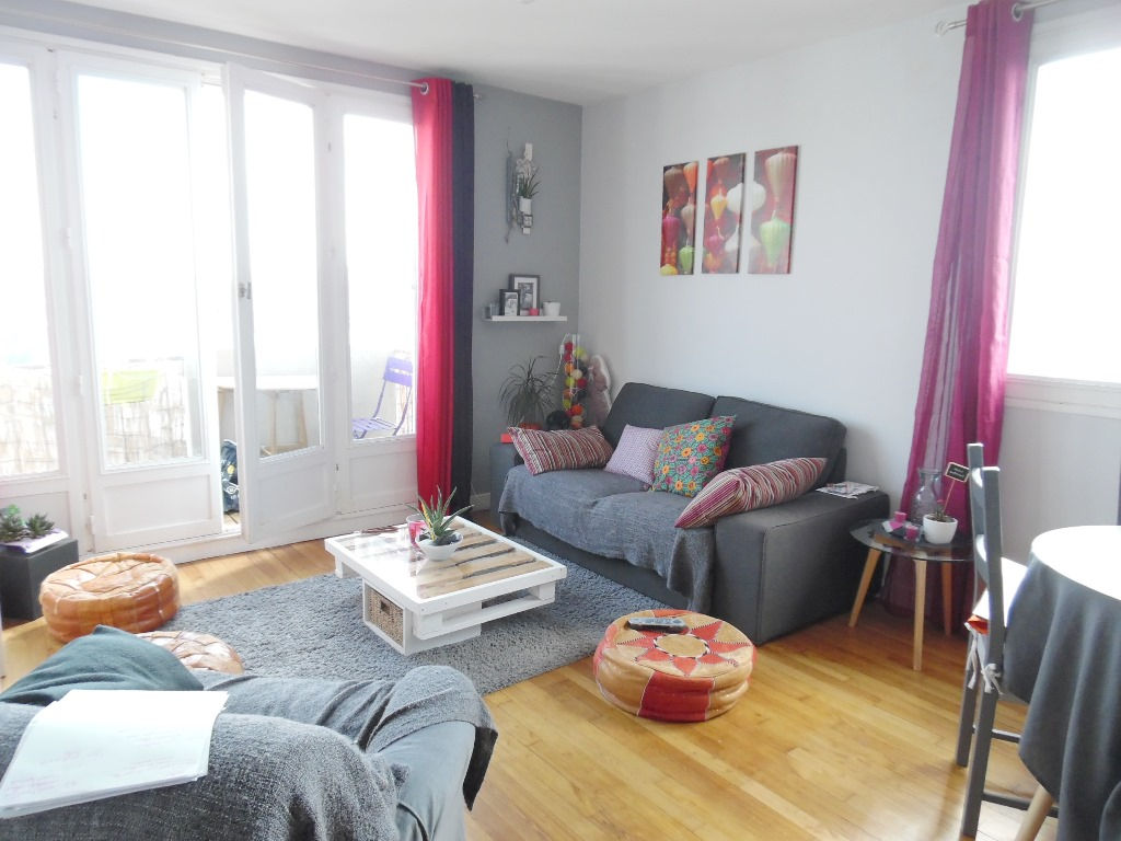 A VENDRE EXCLUSIVITE  BREST  SAINT LUC MONTAIGNE  APPARTEMENT T3  60M²  2 CHAMBRES  ASCENSEUR