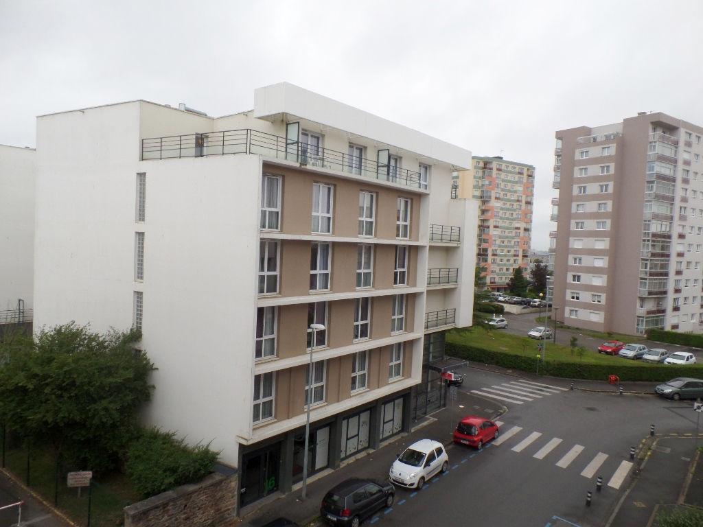 A LOUER BREST PLACE DE STRASBOURG APPARTEMENT T3 56.35 m²