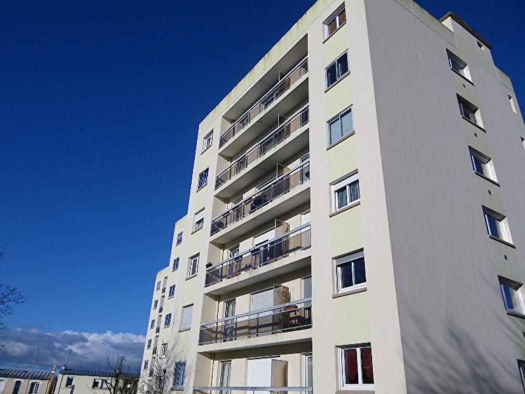 A VENDRE  EXCLUSIVITE  BREST  LE GUELMEUR  APPARTEMENT T2  32.38m²  LOUE