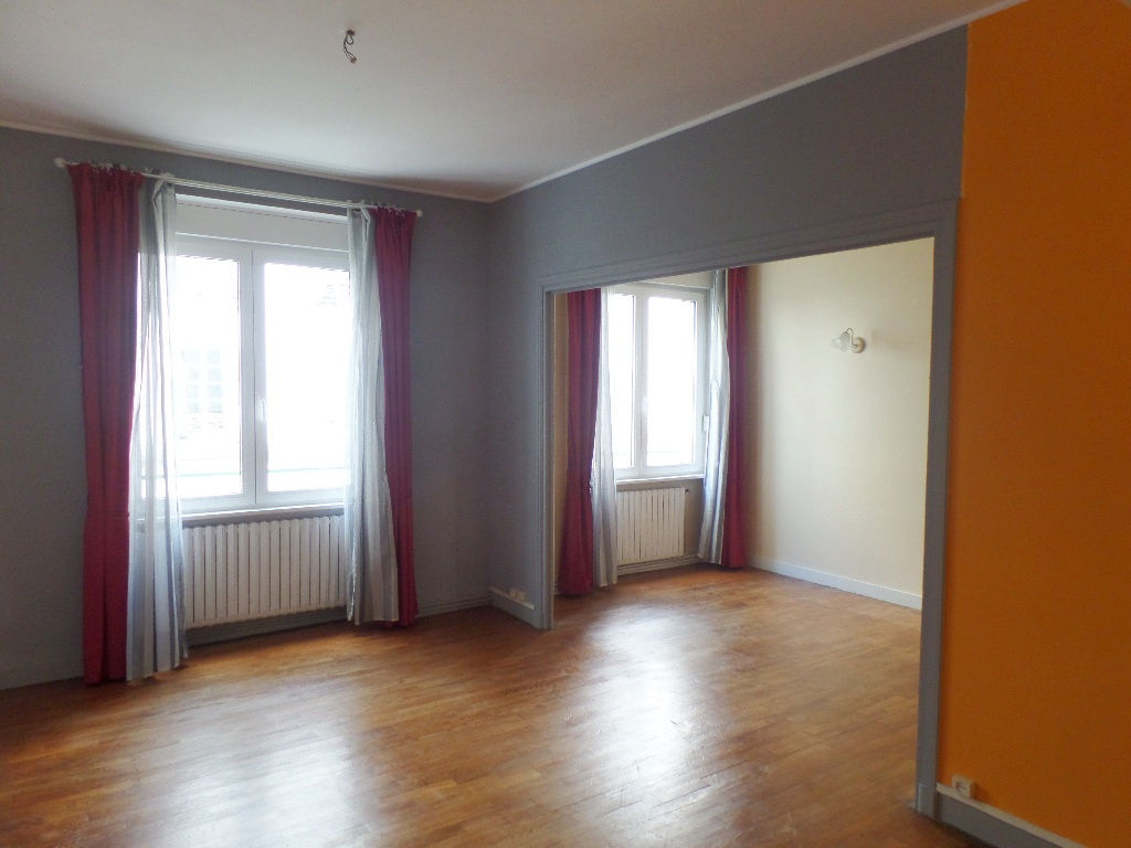 A VENDRE   BREST  SAINT LOUIS  APPARTEMENT T4  83m²