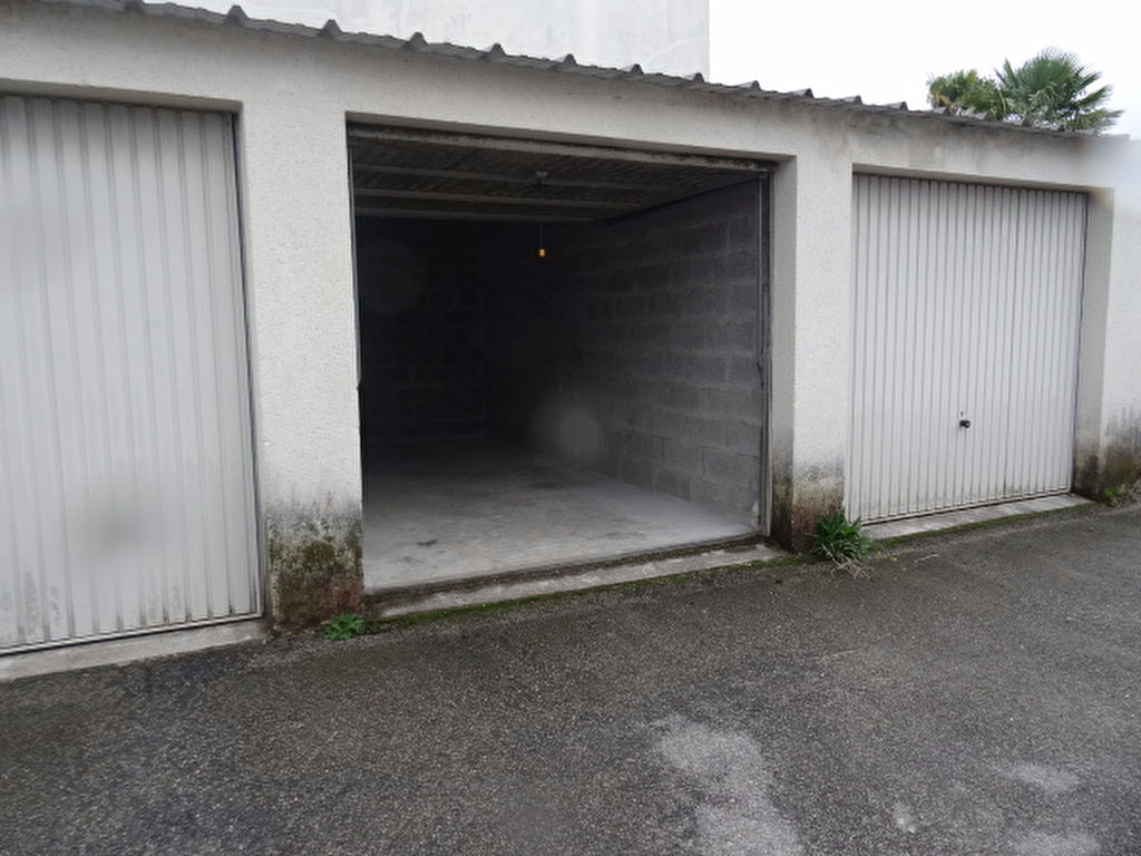 A VENDRE LORIENT LE ROUHO GARAGE INDIVIDUEL