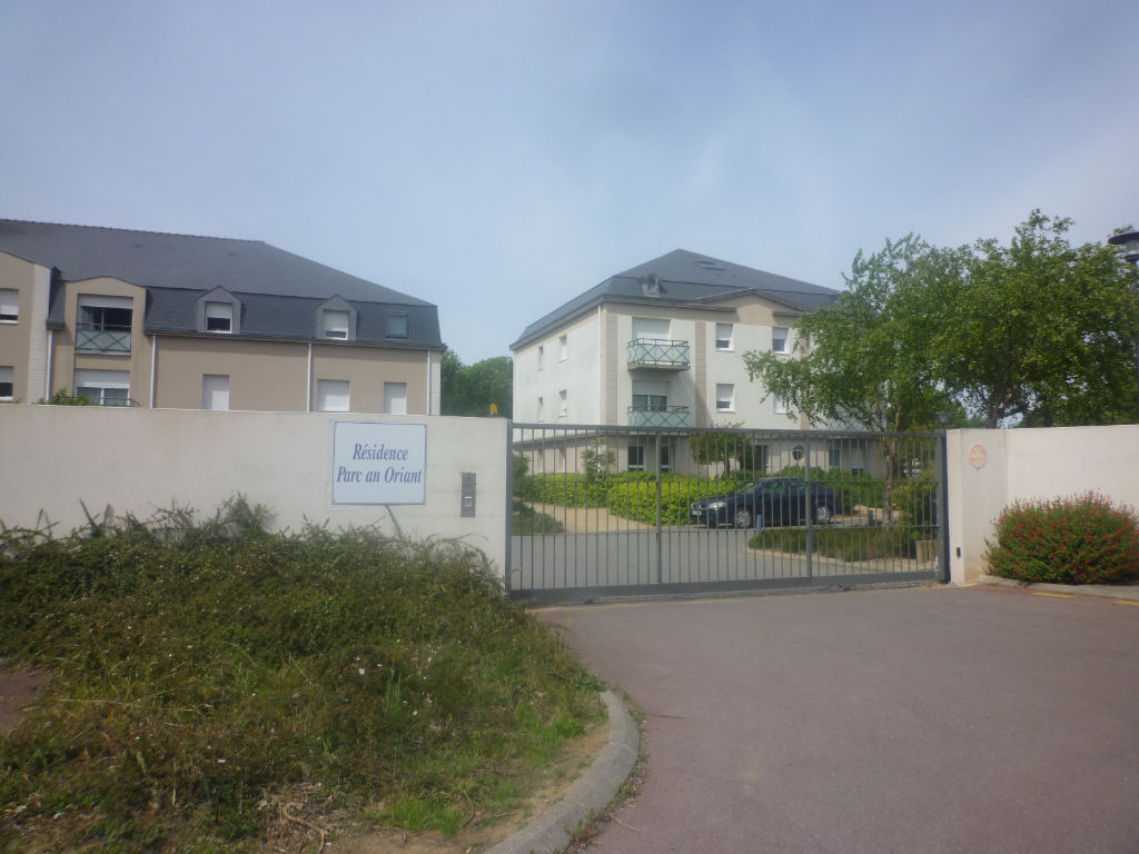 A VENDRE LORIENT KERFICHANT APPARTEMENT T3 de 50m²  BALCON ET PARKING PRIVE EN SOUS SOL