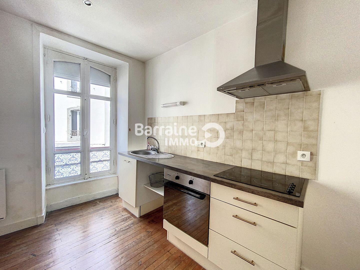 BREST QUARTIER SAINT MICHEL Appartement  2 pièces spacieux et lumineux - 50,94 m²