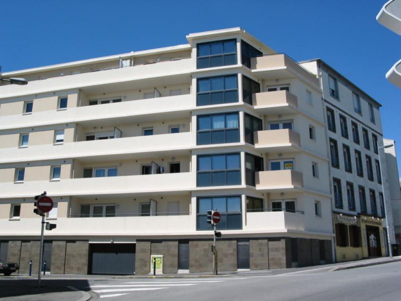 A VENDRE  BREST  CENTRE  JAURES  APPARTEMENT  T3  78 M²  RESIDENCE  RECENTE  ASCENSEUR PLACE DE PARKING