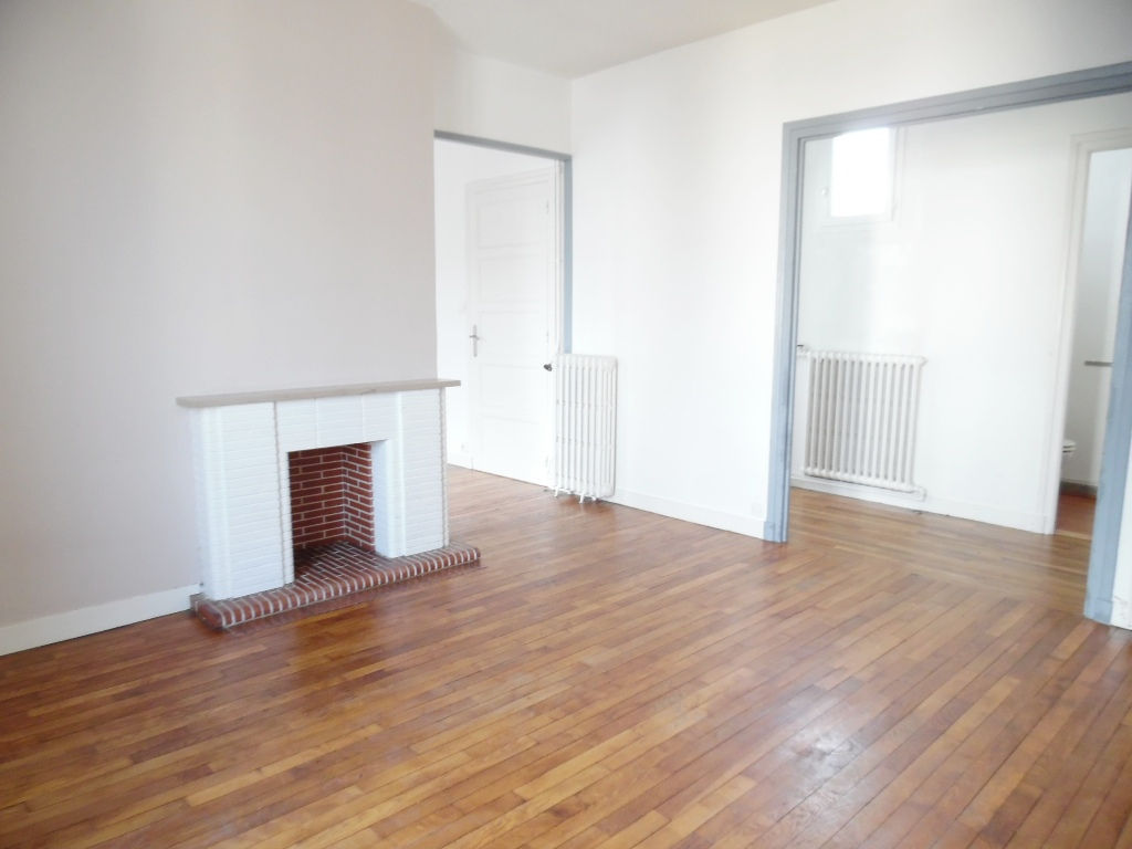 EXCLUSIVITE   A VENDRE  BREST  SAINT MARTIN  APPARTEMENT T4   81M²  2 CHAMBRES  DALLE BETON