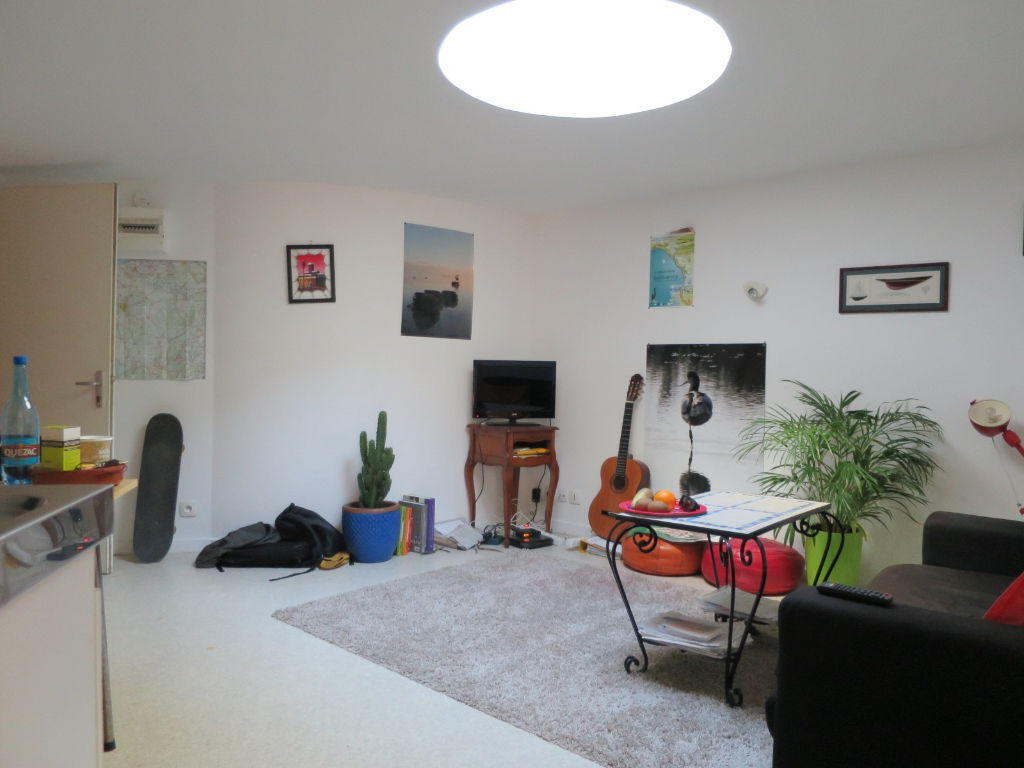 A VENDRE   BREST    IMMEUBLE DE RAPPORT   490M²     20 APPARTEMENTS    DU STUDIO AU T3