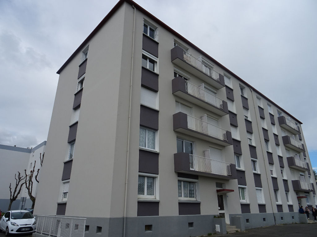 EXCLUSIVITE    A VENDRE   BREST   SAINT PIERRE   APPARTEMENT T2   57m²     DALLE BETON   PARKING PRIVATIF