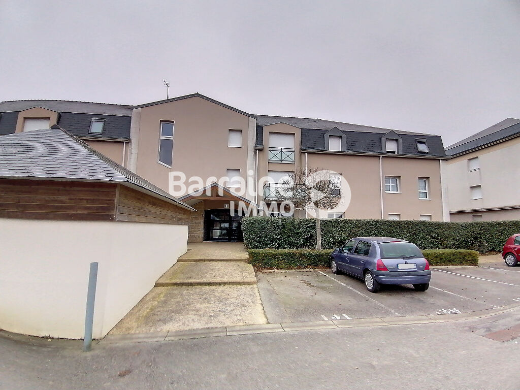 A LOUER LORIENT KERFICHANT APPARTEMENT T2 de 42.5m²  BELLE EXPOSEE PARKING EN SOUS SOL