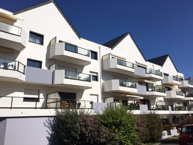 A VENDRE LORIENT MERVILLE APPARTEMENT T2 de 50m² TERRASSE ET PARKING PRIVE