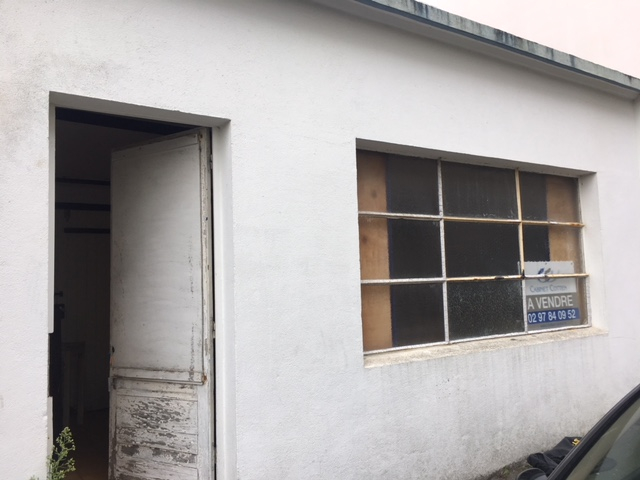 A VENDRE LORIENT MERVILLE LOCAL de 25m²  POSSIBILITE GARAGE