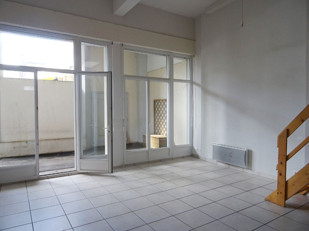 A LOUER BREST  CENTRE VILLE  HARTELOIRE   APPARTEMENT T2  57.91m²  CARREZ   IMMEUBLE DE 2006   TERRASSE   MEZZANINE   PARKING PRIVATIF