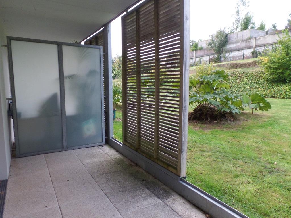 A LOUER BREST SAINT MARC APPARTEMENT T2 42 m² RESIDENCE RECENTE TERRASSE PARKING