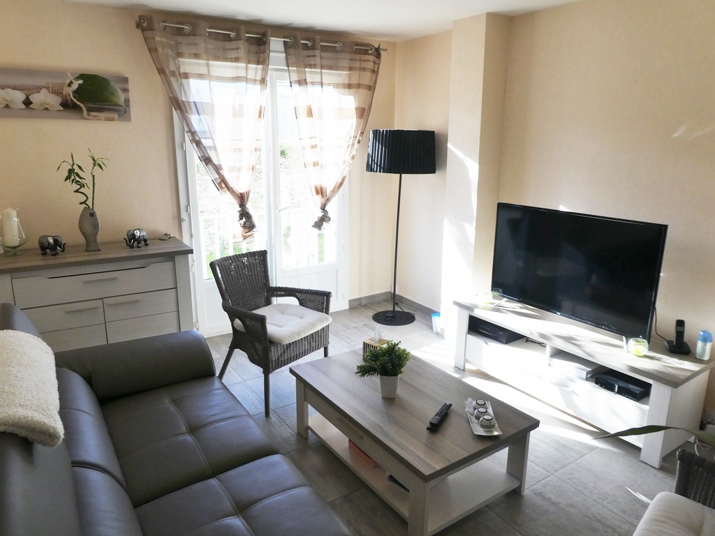 A VENDRE    BREST    SAINT PIERRE    APPARTEMENT   T4    64.72M²  DALLE BETON