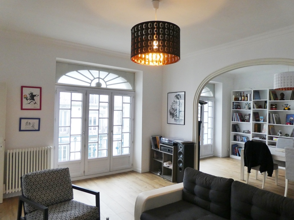 A VENDRE  BREST  CENTRE JAURES  APPARTEMENT BOURGEOIS T5  112.16m²  ASCENSEUR  BELLE ARCHITECTURE