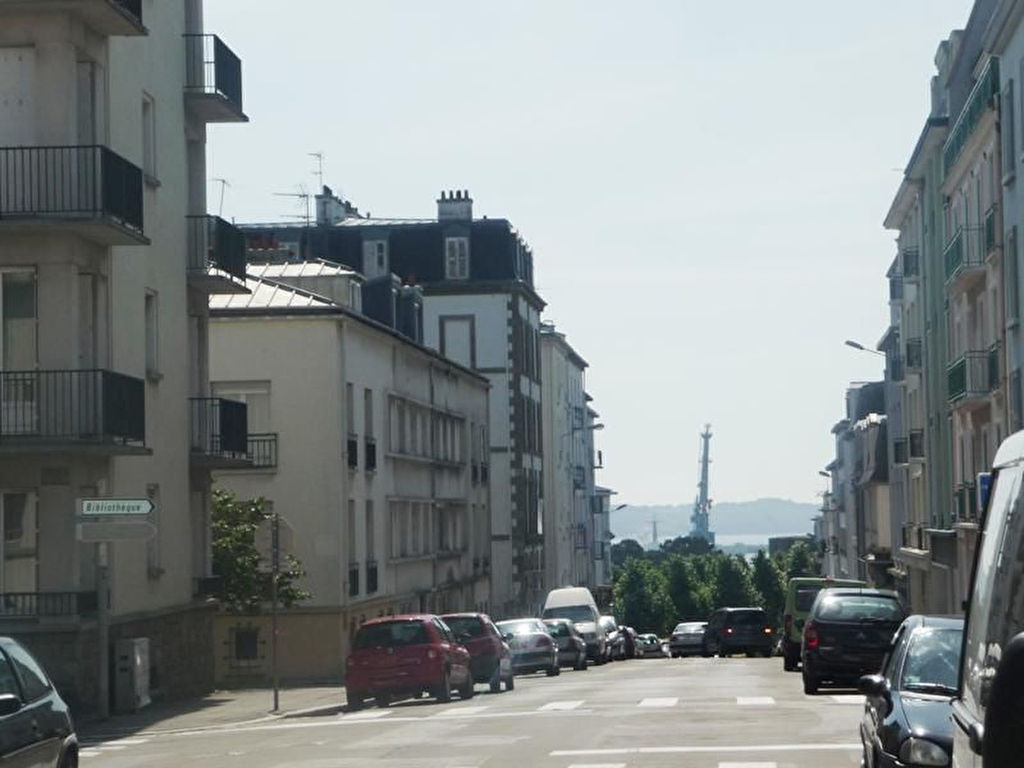 A VENDRE    BREST    TRIANGLE D'OR SIAM      APPARTEMENT T2 DE 38 M²