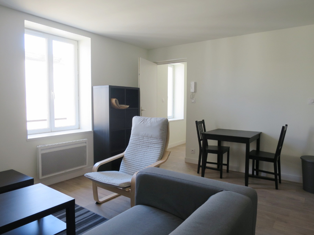 LOCATION BREST QUATRE MOULINS APPARTEMENT T2 MEUBLE