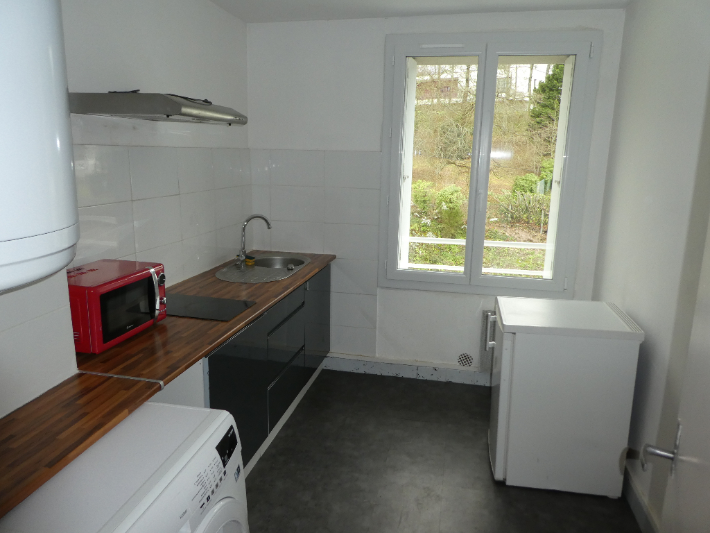 Location  MORLAIX  SAINT  AUGUSTIN  APPARTEMENT  T3  -  53 m²