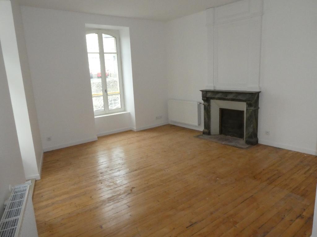 MORLAIX : appartement F1,32 m², en location