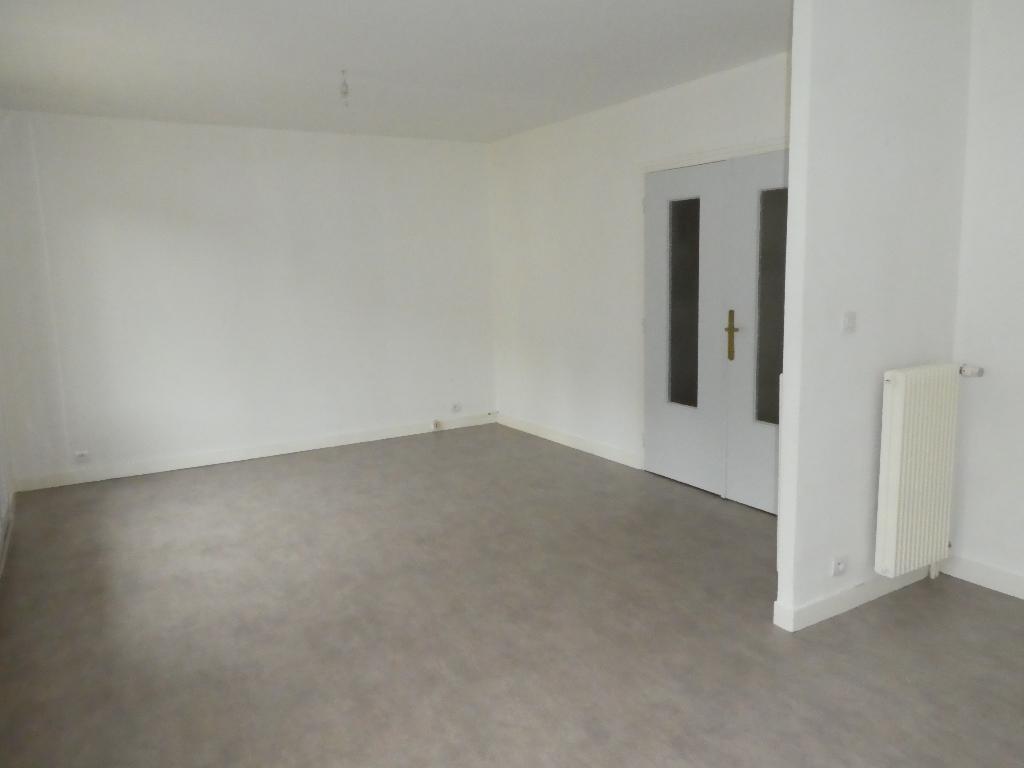 Appartement T4 (70 m²) à louer à MORLAIX