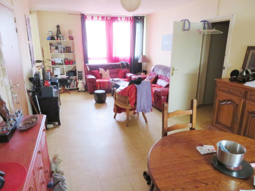 Appartement F4 à vendre à LANDIVISIAU