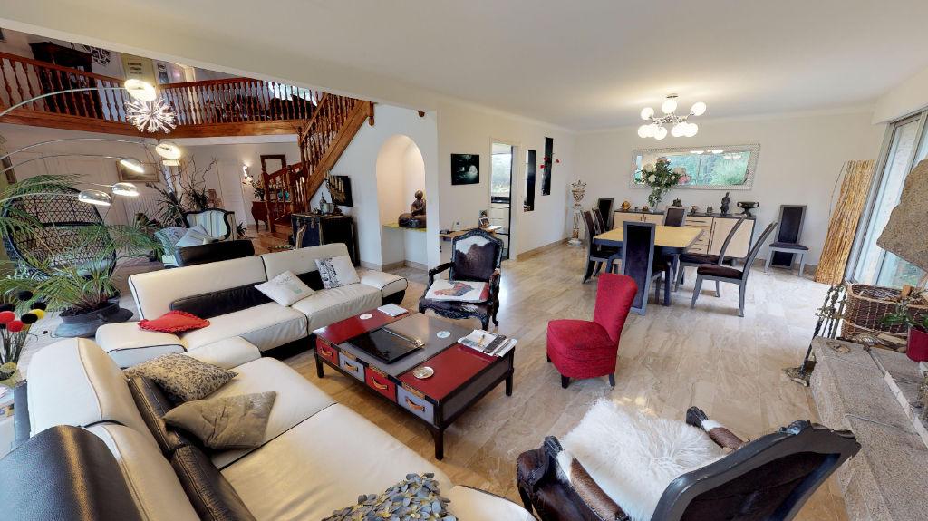 MILIZAC: house F7 for sale