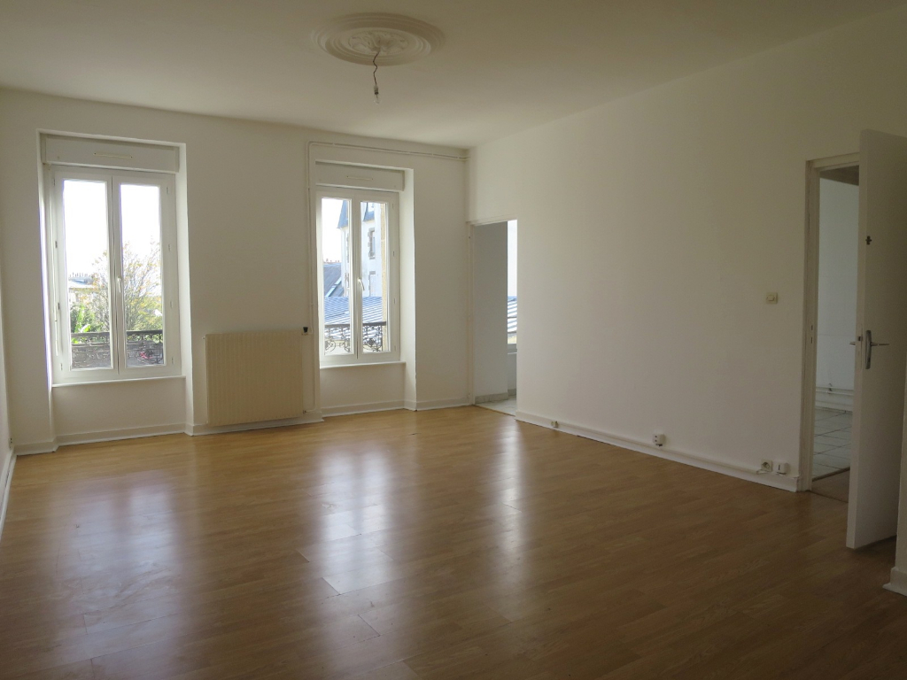 A LOUER BREST SAINT MICHEL APPARTEMENT T5 97.74 m²