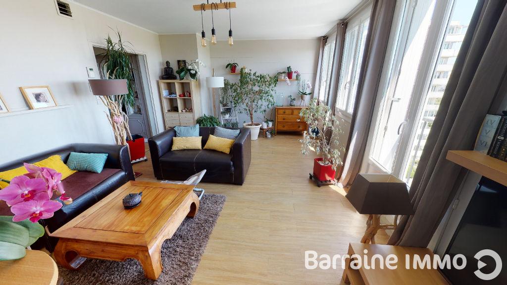 FOR SALE EXCLUSIVE BREST BELLEVUE-KERGOAT T5 APARTMENT 92.04M² CARREZ LAST FLOOR THREE BEDROOMS