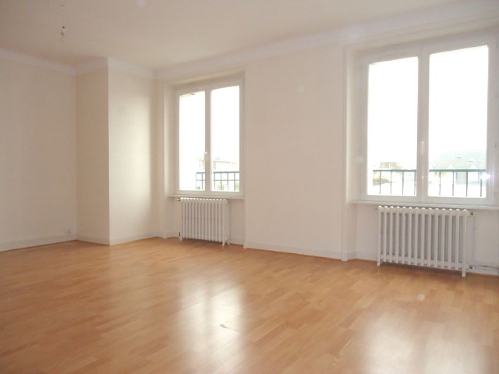 LOCATION BREST CENTRE VILLE APPARTEMENT T3  81.61 M²