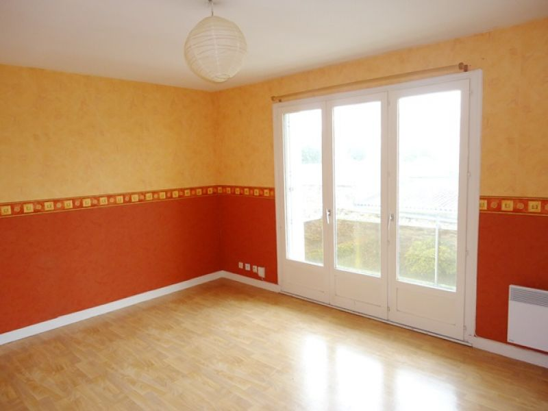 LOCATION BREST PILIER ROUGE APPARTEMENT T2  50 m2