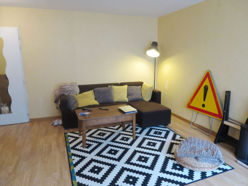LOCATION BREST OCTROI APPARTEMENT T2 44,80 m2 RESIDENCE RECENTE AVEC PLACE DE PARKING