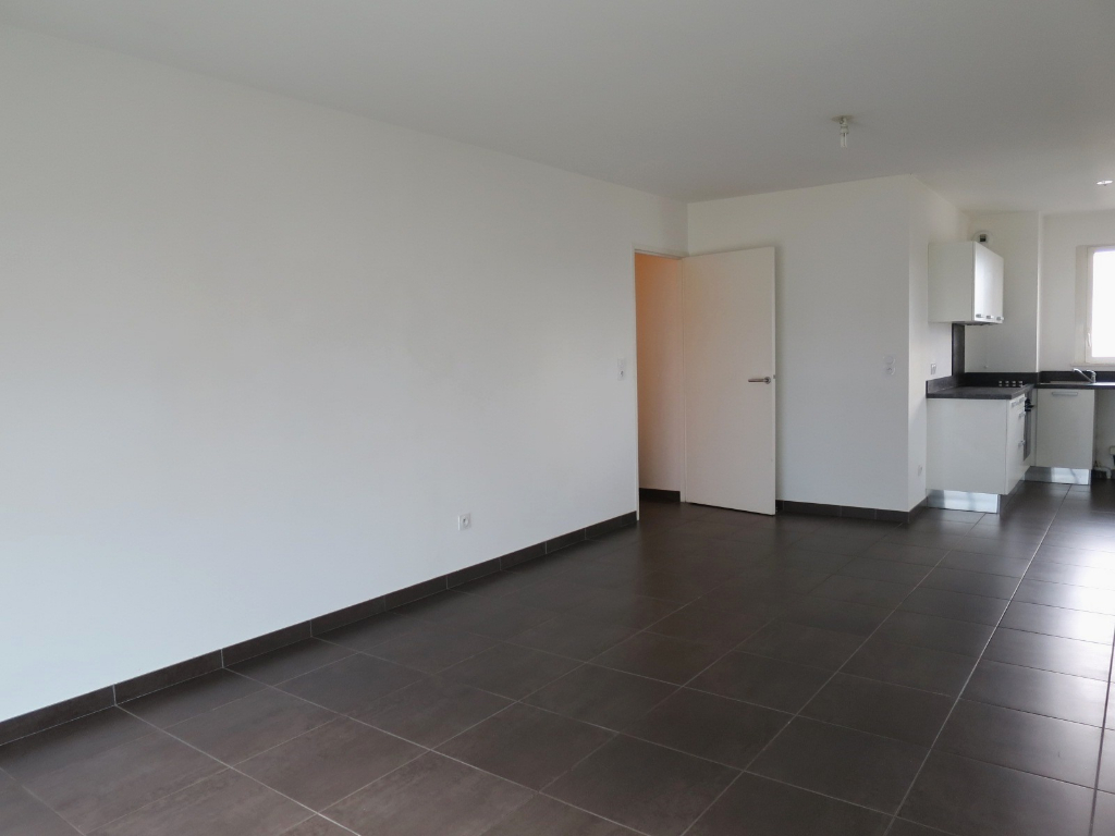 LOCATION BREST STRASBOURG APPARTEMENT T2 51.40 M² RESIDENCE NEUVE BBC  VUE MER
