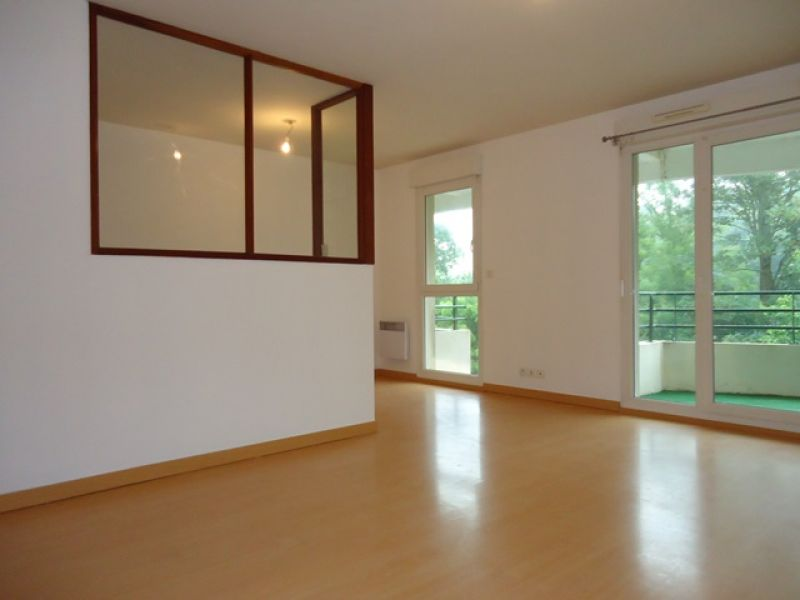 LOCATION  BREST  STANGALARD  APPARTEMENT T3  67 M²