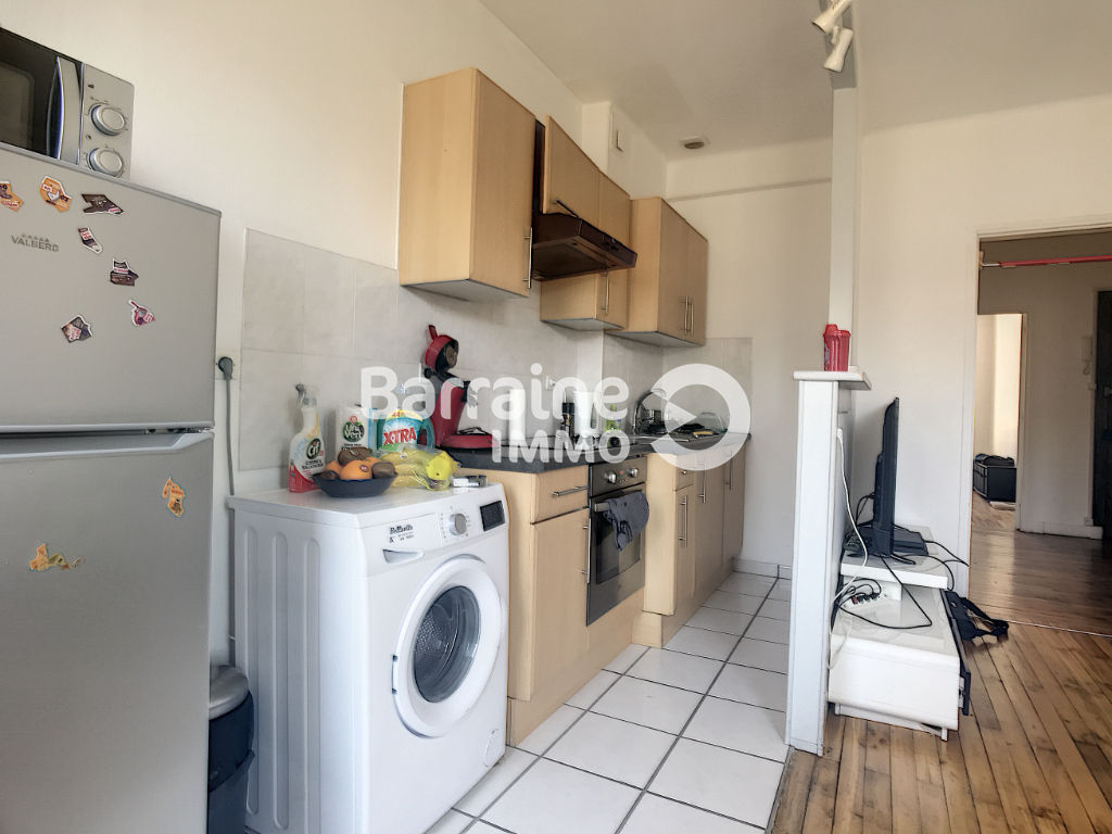 LOCATION - BREST - JAURES CENTRE - APARTMENT T1 BIS - 45 M ² - HYPER CENTRE - TWO STEPS FROM TRAM""