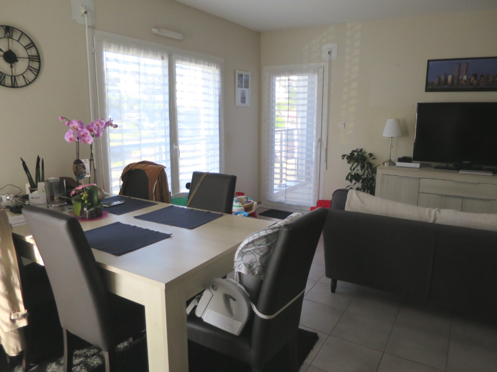 LOCATION   BREST   LAMBEZELLEC   APPARTEMENT T3 DUPLEX   63 M²   RESIDENCE CALME ET RECENTE   DEUX PLACES DE PARKING