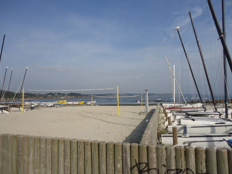 LOCATION PLOUGONVELIN APPARTEMENT T2 47 m² RESIDENCE FACE A LA MER